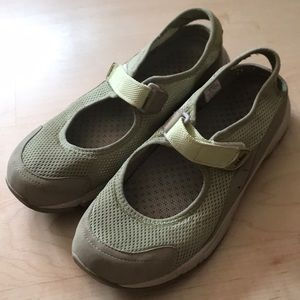L. L. Bean Women's Shoes Size 10